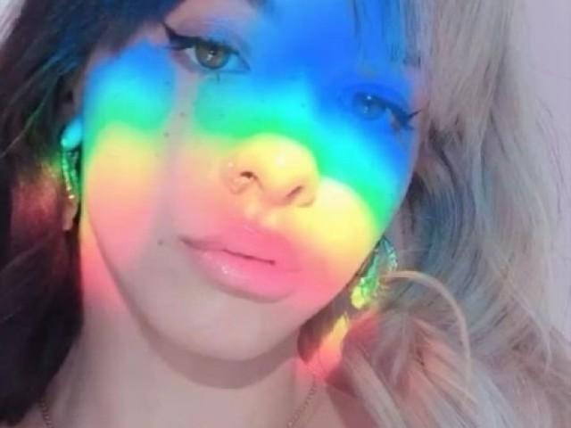 Escolha uma foto que vou te dar uma música da Melanie Martinez ♥️