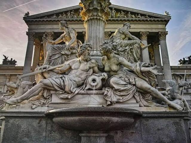 De qual divindade grega você é filho(a)?