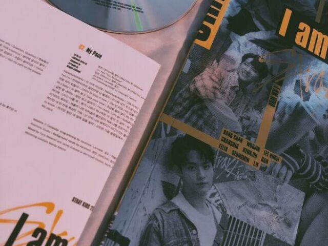 .。.:*♡Escolha imagens e eu te indicarei uma música de K-pop♡*:.。.