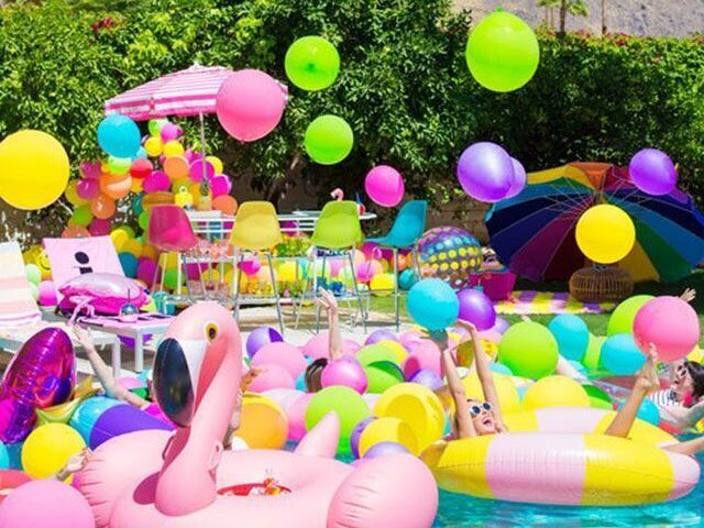 Crie sua pool party