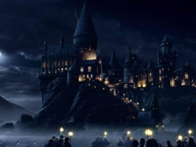 Monte sua viagem para Hogwarts (Meninos)