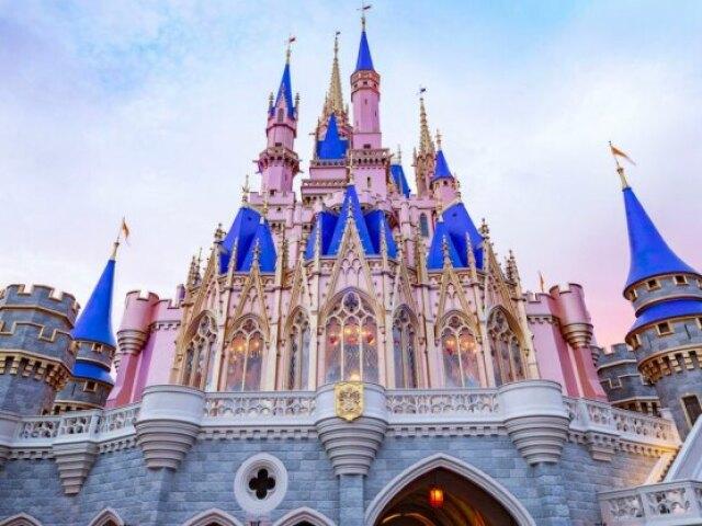 Duvido que você acerte a idade dos personagens da Disney!