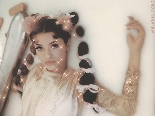 Qual música da Melanie Martinez mais combina com você? :)