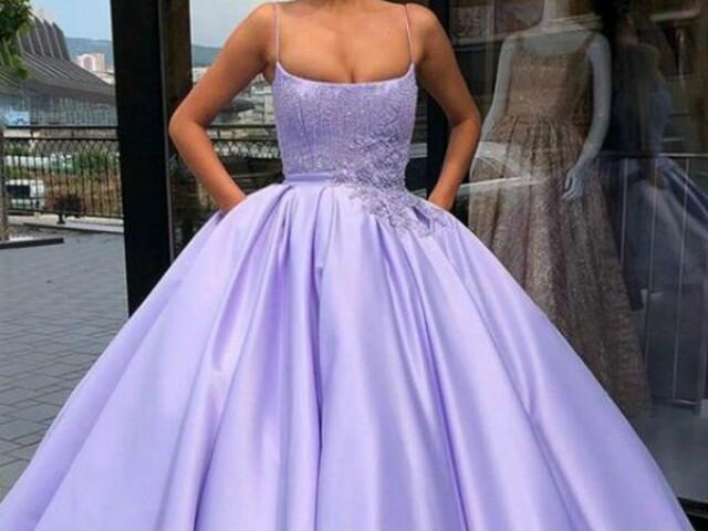 •🦄Qual seria seu vestido de 15 anos?🦄•