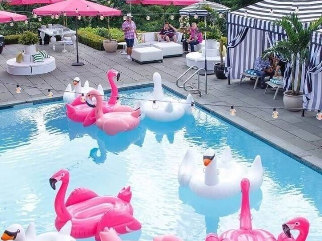 Festa na piscina (meninas)