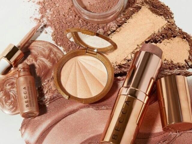💄• monte seu kit de maquiagens