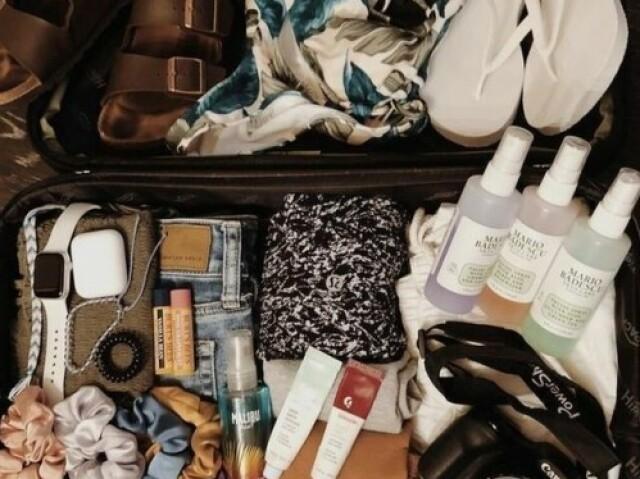 Arrume sua mala para uma semana de viagem 👛👝👜🎒