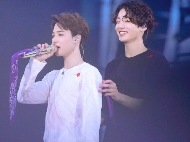 •(BTS)•💖~ ღ Quem você seria JIMIN ou JUNGKOOK?°•☁️°•