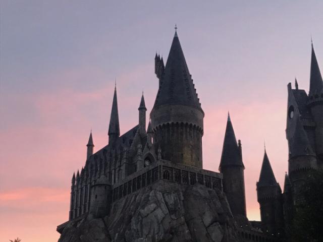 Crie sua viagem e sessão de fotos em Hogwarts na Disney!