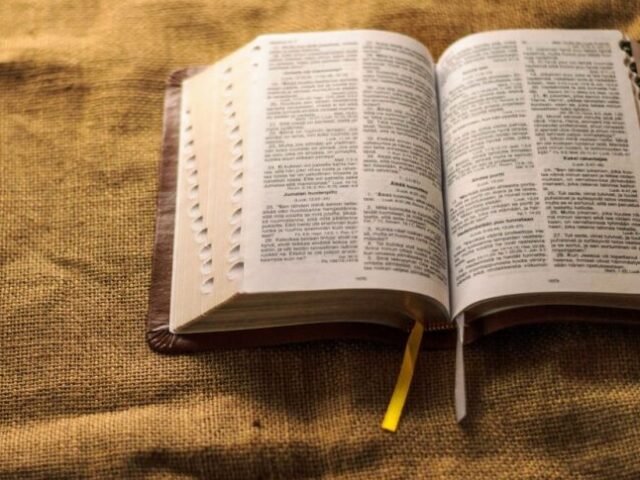 Quiz Bíblico nível fácil