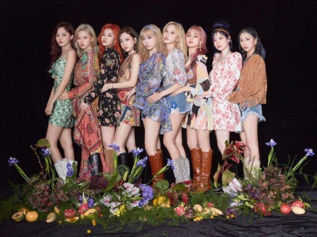 Monte seu grupo de K-POP feminino e te indicarei uma música de K-POP!