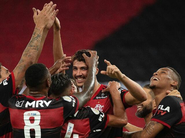 Para qual time torce os jogadores do Flamengo?