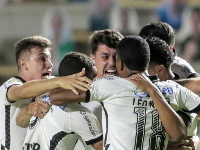 Para qual time torce os jogadores do Corinthians?