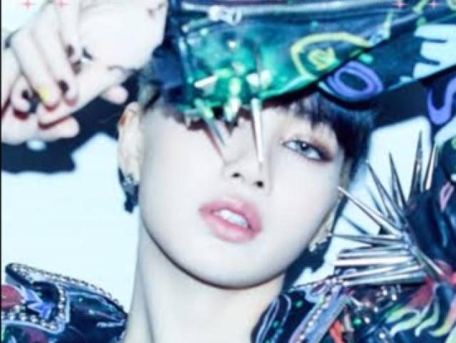 Acerte os MV'S por fotos da Lisa do Blackpink