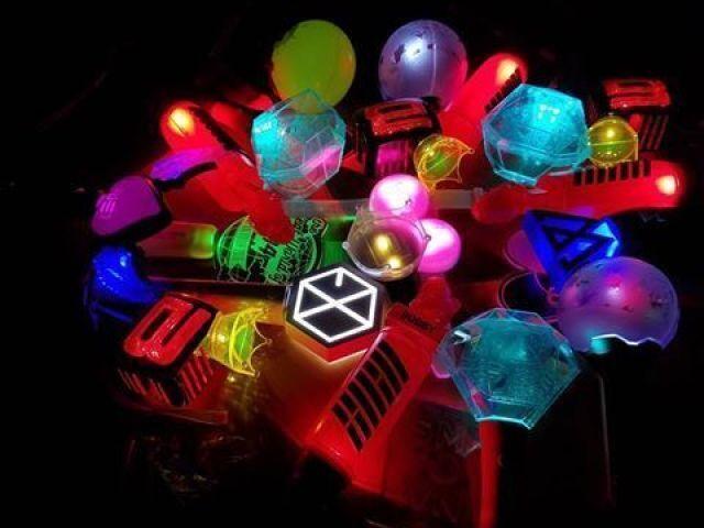 ∞Consegue adivinhar os lightstick's do K-pop(50)?∞