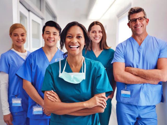 Em qual dessas áreas de atuação da enfermagem você mais se encaixa?