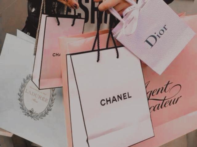 Monte seu dia de compras! 🐩🤍