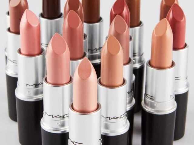 Descubra a cor de batom MAC perfeita para sua mãe!