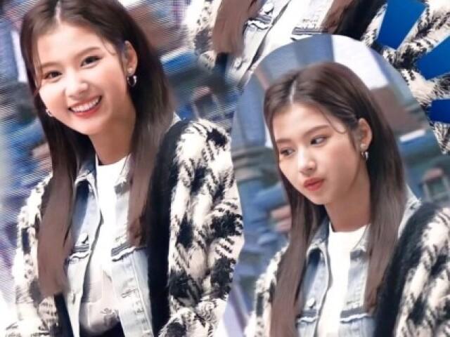 Você conhece a Sana do Twice?