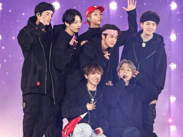 Quem do BTS seria o seu namorado?