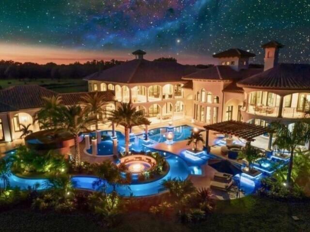 Monte sua mansão luxuosa!