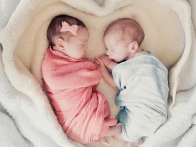 Monte o enxoval do seu casal de gêmeos