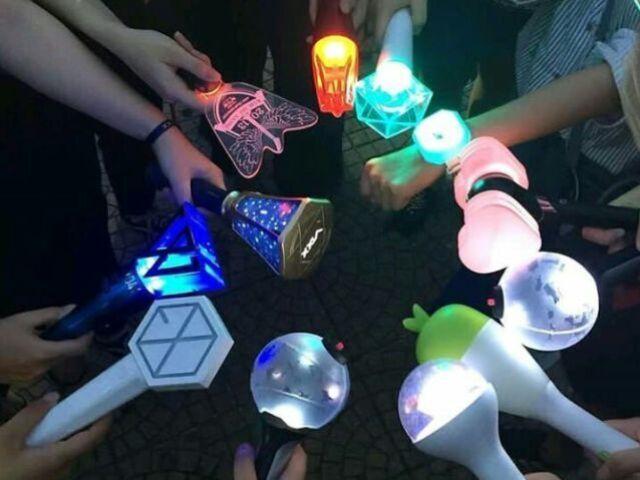A qual grupo de K-pop pertence esse Lightstick?