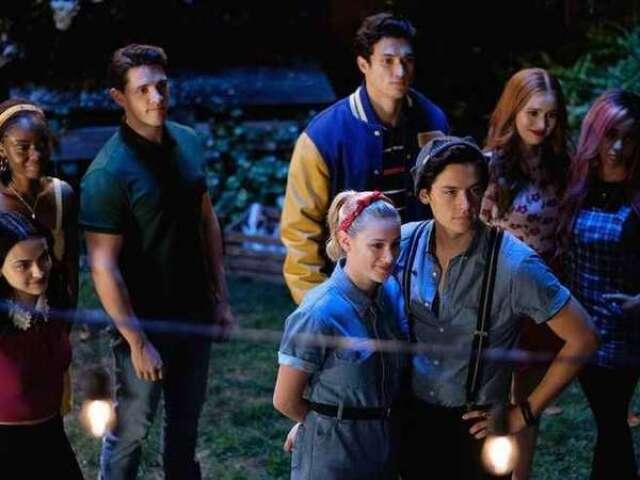 Peça uma pizza e nós revelaremos qual personagem de Riverdale você deveria ser!