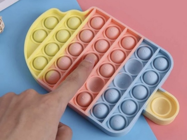 Monte a sua coleção de fidget Toy