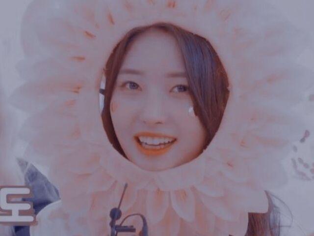 << Escolha entre músicas de Girl Groups de Kpop e lhe darei uma idol! >>