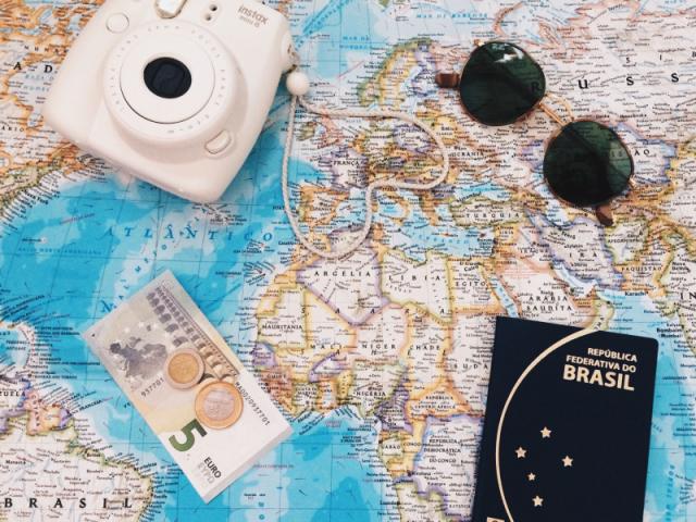 Planeje sua viagem ideal e te indicaremos um filme
