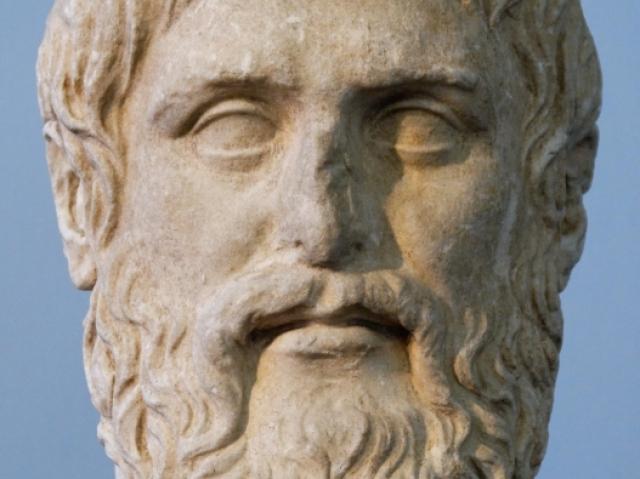 Perguntas de acertos sobre Platão e Sócrates